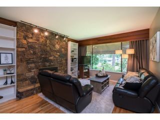 "Photo 5: 4519 SOUTHRIDGE Crescent in Langley: Murrayville House for sale in ""Murrayville"" : MLS®# R2473798"