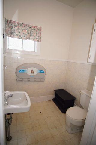 Photo 17: 123 Mowatt Street in Shelburne: 407-Shelburne County Residential for sale (South Shore)  : MLS®# 202117053