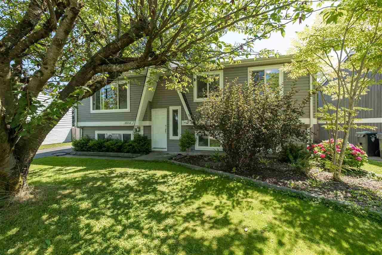 Main Photo: 26746 32A Avenue in Langley: Aldergrove Langley House for sale : MLS®# R2480401