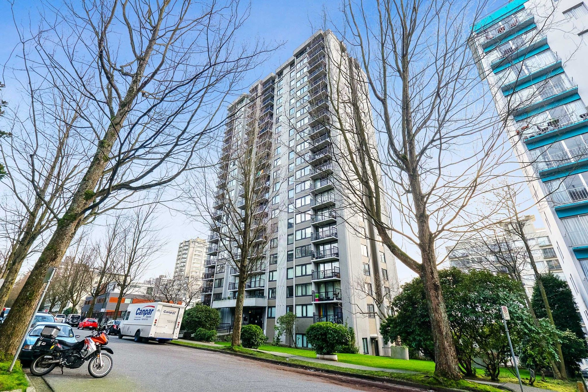 "Main Photo: 1104 1330 HARWOOD Street in Vancouver: West End VW Condo for sale in ""WESTSEA TOWERS"" (Vancouver West)  : MLS®# R2549337"