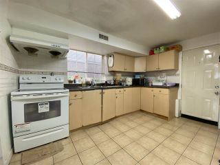Photo 4: 3446 WILLIAM Street in Vancouver: Renfrew VE House for sale (Vancouver East)  : MLS®# R2512996