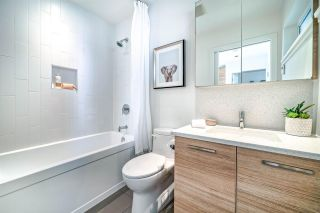 """Photo 18: 505 3456 COMMERCIAL Street in Vancouver: Victoria VE Condo for sale in """"Mercer"""" (Vancouver East)  : MLS®# R2496302"""