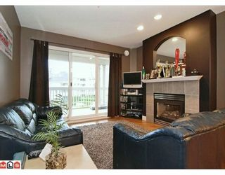"Photo 4: 324 22020 49TH Avenue in Langley: Murrayville Condo for sale in ""MURRAY GREEN"" : MLS®# F2928123"