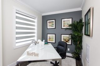 """Photo 3: SL.14 14388 103 Avenue in Surrey: Whalley Townhouse for sale in """"THE VIRTUE"""" (North Surrey)  : MLS®# R2053552"""