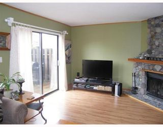 """Photo 5: 25 41450 GOVERNMENT Road: Brackendale Townhouse for sale in """"EAGLE VIEW PLACE"""" (Squamish)  : MLS®# V756865"""