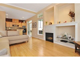 Photo 3: 8 MOSSOM CREEK Drive in Port Moody: North Shore Pt Moody 1/2 Duplex for sale : MLS®# V1104337