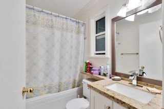 Photo 17: 3915 CEDAR Drive in Port Coquitlam: Lincoln Park PQ House for sale : MLS®# R2467345