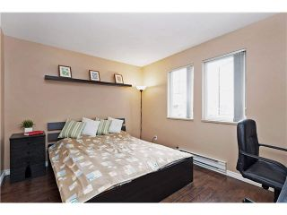 """Photo 11: 315 1190 EASTWOOD Street in Coquitlam: North Coquitlam Condo for sale in """"LAKESIDE TERRACE"""" : MLS®# V1104128"""