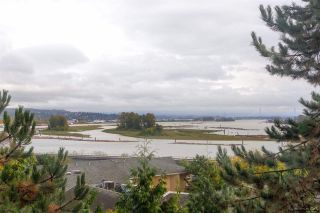 """Photo 3: 504 71 JAMIESON Court in New Westminster: Fraserview NW Condo for sale in """"PALACE QUAY"""" : MLS®# R2503066"""
