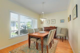 """Photo 17: 11 1881 144 Street in Surrey: Sunnyside Park Surrey Townhouse for sale in """"Brambley Hedge"""" (South Surrey White Rock)  : MLS®# R2480598"""