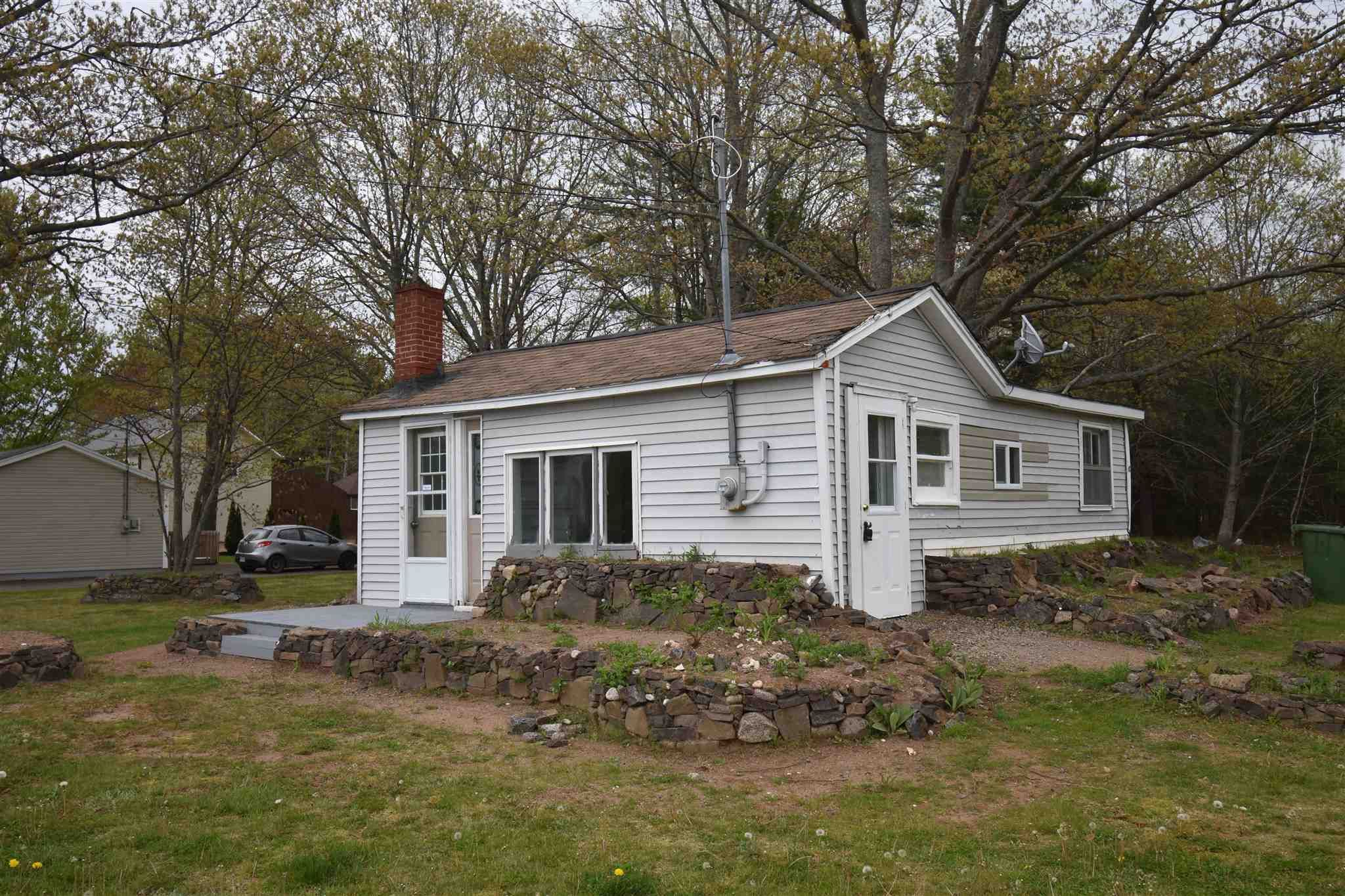Main Photo: 1086 Highway 201 in Greenwood: 404-Kings County Residential for sale (Annapolis Valley)  : MLS®# 202118280