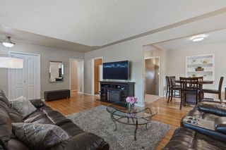 Photo 5: 2716 41 Street SW in Calgary: Glendale Detached for sale : MLS®# A1129410