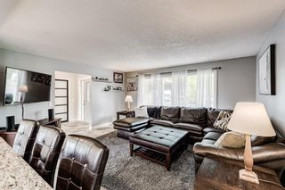 Photo 3: 335 Woodpark Place SW in Calgary: Woodlands Detached for sale : MLS®# A1110869