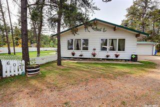 Photo 1: 607 15th Street Northwest in Prince Albert: Nordale/Hazeldell Residential for sale : MLS®# SK871500