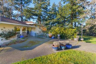 Photo 31: 945 Kingsmill Rd in : Es Gorge Vale House for sale (Esquimalt)  : MLS®# 866189
