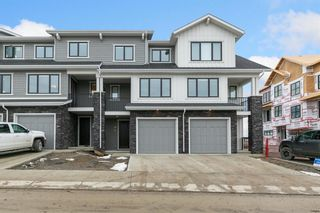 Main Photo: 153 Crestridge Common SW in Calgary: Crestmont Row/Townhouse for sale : MLS®# A1051009