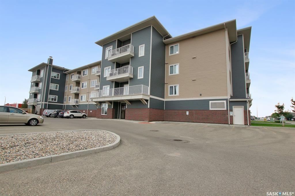Main Photo: 209 4501 child Avenue in Regina: Lakeridge RG Residential for sale : MLS®# SK865914