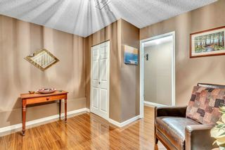"""Photo 3: 421 MCGILL Drive in Port Moody: College Park PM House for sale in """"COLLEGE PARK"""" : MLS®# R2525883"""