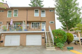 """Photo 1: 558 CARLSEN Place in Port Moody: North Shore Pt Moody Townhouse for sale in """"Eagle Point complex"""" : MLS®# R2388336"""