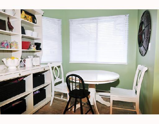 "Photo 6: Photos: 2 20625 118TH Avenue in Maple_Ridge: Southwest Maple Ridge Townhouse for sale in ""WESTGATE TERRACE"" (Maple Ridge)  : MLS®# V694890"