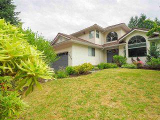 "Photo 3: 40518 N HIGHLANDS Way in Squamish: Garibaldi Highlands House for sale in ""Garibaldi Highlands"" : MLS®# R2462052"