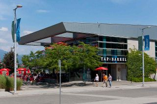 """Photo 34: 193 WALTER HARDWICK Avenue in Vancouver: False Creek Condo for sale in """"BRIDGE"""" (Vancouver West)  : MLS®# R2512536"""