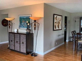 Photo 10: 9320 187 Street in Edmonton: Zone 20 House for sale : MLS®# E4240332