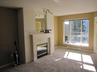 """Photo 2: 403 12207 224 Street in Maple Ridge: West Central Condo for sale in """"THE EVERGREEN"""" : MLS®# R2032859"""