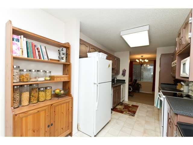 """Photo 6: Photos: 102 585 AUSTIN Avenue in Coquitlam: Coquitlam West Townhouse for sale in """"BRANDYWINE PARK"""" : MLS®# V927448"""