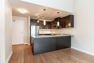 Photo 2: 418 7511 120 Street in Delta: Scottsdale Condo for sale (N. Delta)  : MLS®# R2091636