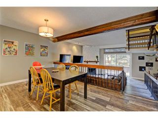 Photo 4: 905 3240 66 Avenue SW in Calgary: Lakeview House for sale : MLS®# C4088638