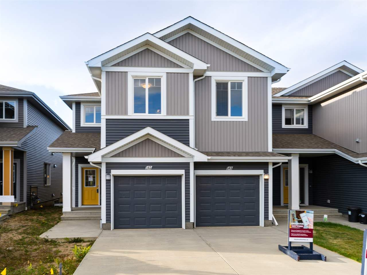 Main Photo: #42 6004 Rosenthal Way in Edmonton: Zone 58 Townhouse for sale : MLS®# E4229434