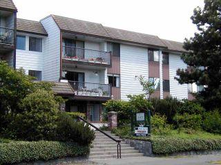 """Main Photo: 312 13977 74 Avenue in Surrey: East Newton Condo for sale in """"GLENCOE ESTATES"""" : MLS®# R2148175"""