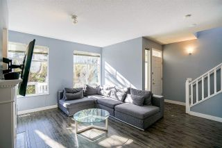 """Photo 2: 6 5950 OAKDALE Road in Burnaby: Oaklands Townhouse for sale in """"Heathercrest"""" (Burnaby South)  : MLS®# R2215399"""