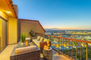 Photo 3: UNIVERSITY HEIGHTS Townhouse for sale : 3 bedrooms : 4490 Caminito Fuente in San Diego