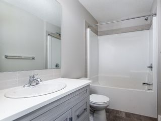 Photo 17: 32 SKYVIEW Parade NE in Calgary: Skyview Ranch Row/Townhouse for sale : MLS®# C4289138