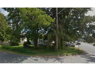 Photo 2: 13560 91ST AV in Surrey: Queen Mary Park Surrey House for sale : MLS®# F1414055
