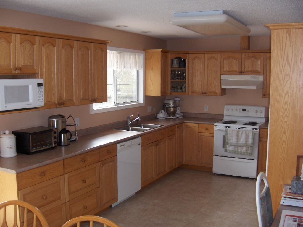 Photo 8: Photos: 4716 Cowichan Lake Road in Duncan: House  (FVREB Out of Town)  : MLS®# VIREB 287173