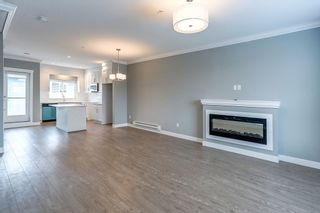 Photo 11: 4 2321 RINDALL Avenue in Port Coquitlam: Central Pt Coquitlam Townhouse for sale : MLS®# R2137602