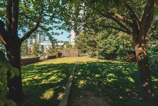 """Photo 29: 1104 235 GUILDFORD Way in Port Moody: North Shore Pt Moody Condo for sale in """"The Sinclair"""" : MLS®# R2601477"""