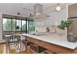Photo 13: 602 1725 PENDRELL Street in Vancouver West: Home for sale : MLS®# V1122260