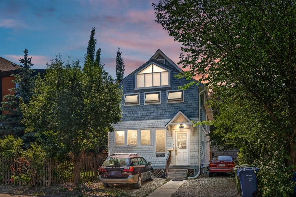 Main Photo: 2315 16 Street SW in Calgary: Bankview Detached for sale : MLS®# A1126040