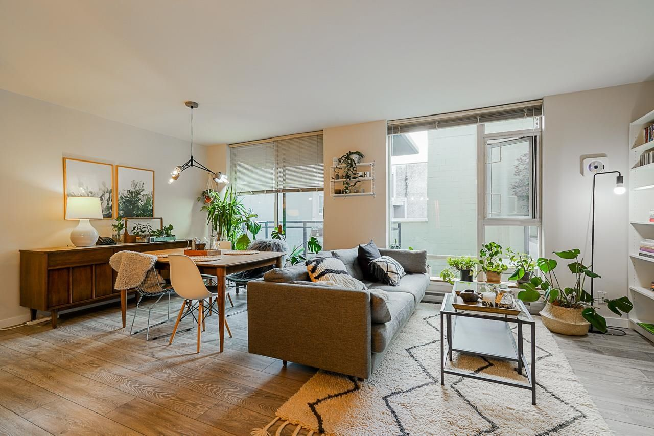 """Main Photo: 304 1650 W 7TH Avenue in Vancouver: Fairview VW Condo for sale in """"VIRTU"""" (Vancouver West)  : MLS®# R2612218"""
