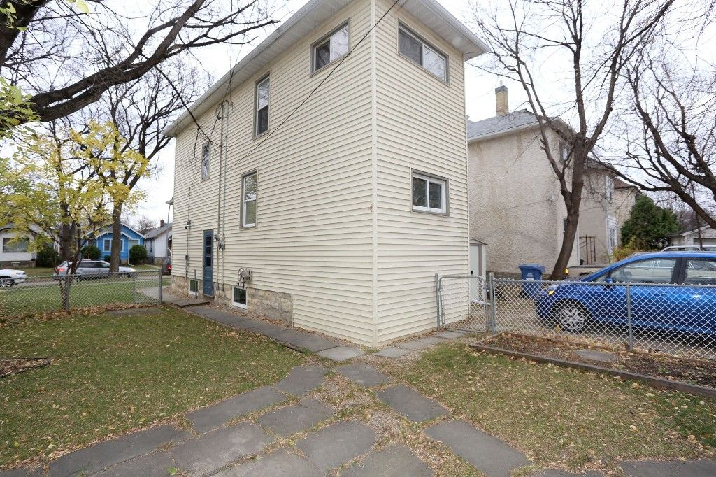 Photo 23: Photos: 626 Greenwood Place in Winnipeg: West End Duplex for sale (5C)  : MLS®# 1728014