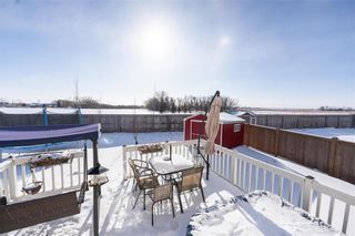 Photo 38: 23 Copperfield Bay in Winnipeg: Bridgwater Forest Residential for sale (1R)  : MLS®# 202102442