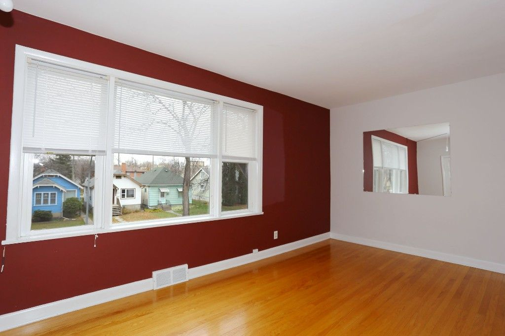 Photo 14: Photos: 626 Greenwood Place in Winnipeg: West End Duplex for sale (5C)  : MLS®# 1728014