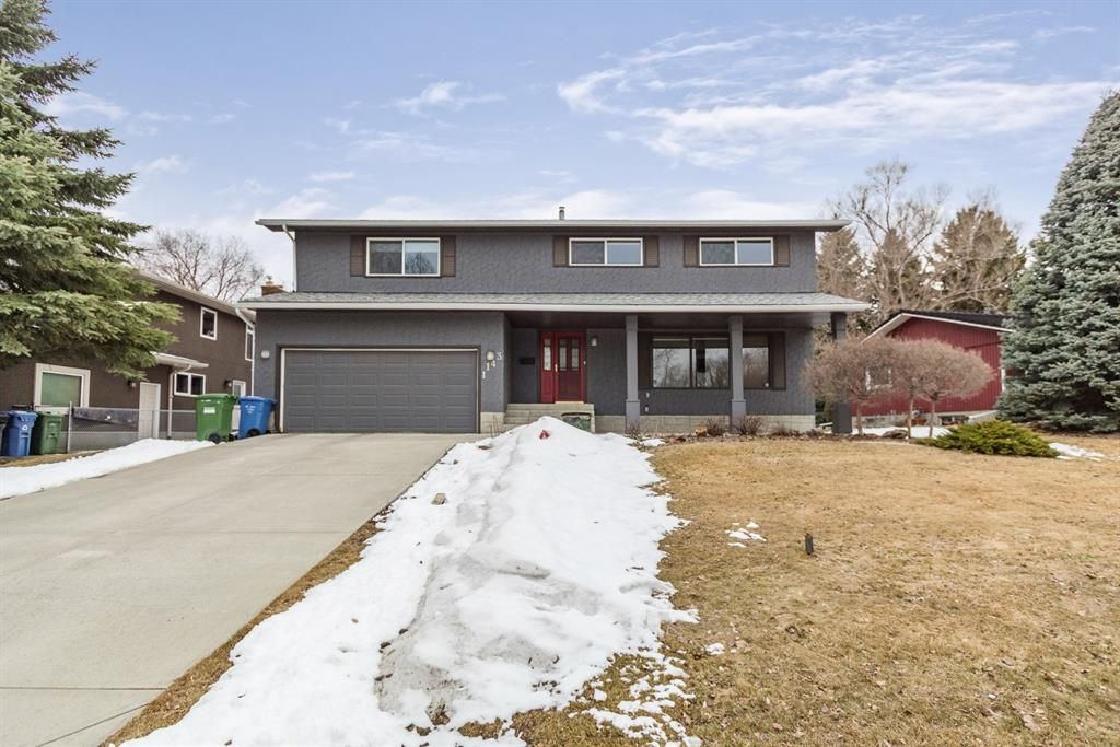 Main Photo: 1143 Varsity Estates Rise NW in Calgary: Varsity Detached for sale : MLS®# A1127411