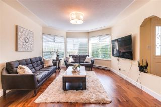 Photo 1: 8995 157 Street in Surrey: Fleetwood Tynehead House for sale : MLS®# R2419218