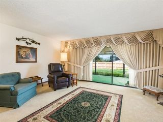 Photo 3: House for sale : 4 bedrooms : 2704 Crownpoint Place in Escondido