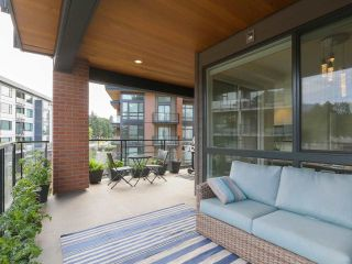 """Photo 20: 408 733 W 3RD Street in North Vancouver: Harbourside Condo for sale in """"THE SHORE"""" : MLS®# R2424919"""